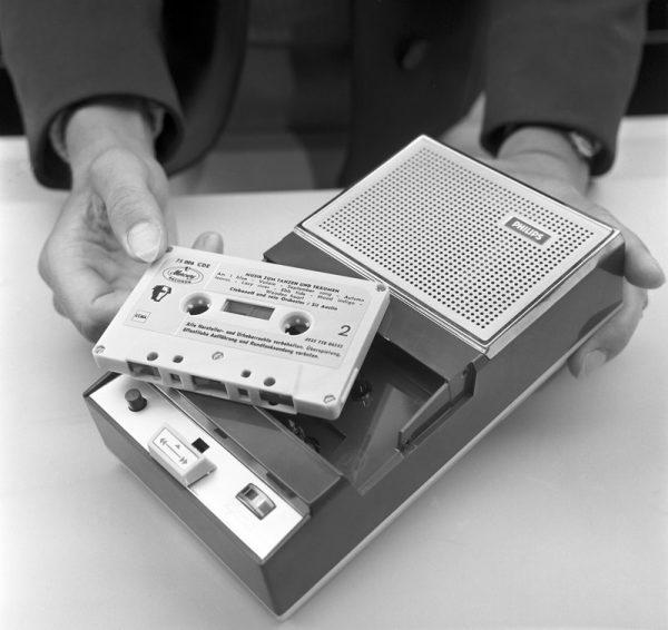 Lou Ottens, uppfinnare av kassettbandet, har dött